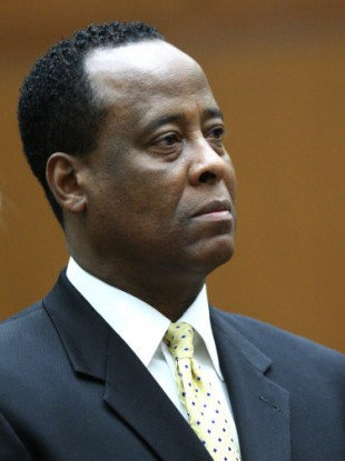 An LA court is trying to decide if there is sufficient evidence to try Dr Conrad Murray for involuntary manslaughter