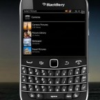 These devices combine the QWERTY keyboard with a touchscreen display. Image: http://us.blackberry.com/