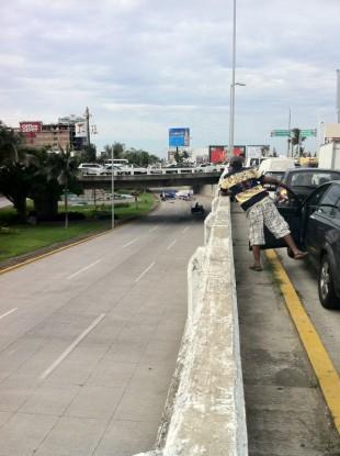 The bodies were dumped on a main avenue in Vercruz