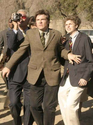 A scene from Arrested Development, featuring Jason Bateman (centre) and Michael Cera (right)