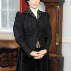 Neve Campbell on location at Howth Castle today. Image: Laura Hutton/Photocall Ireland