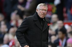 Ferguson criticises United despite win, Wenger 'disappointed'