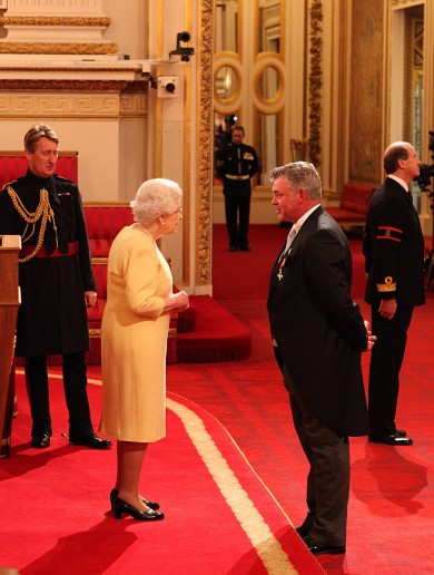 Darren Clarke Getting His OBE At Buckingham Palace Pic Of The Day