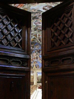 The doors of the Sistine Chapel could close for the conclave before March 15, under changes published by Benedict XVI today.