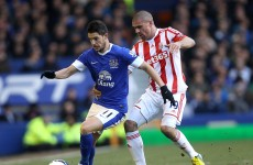Mirallas magic puts Everton in sight of Champions League spots