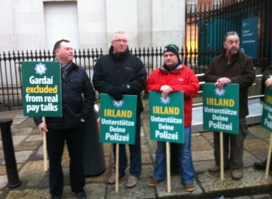 GRA members protest outside Dublin Castle this morning, where European finance ministers are holding two days of meetings.