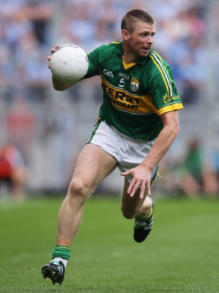 Tomás O Sé in action for Kerry against Dublin.