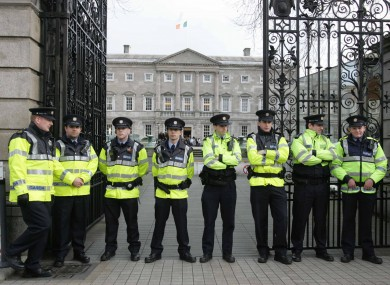 Gardaí outside Leinster House on Budget Day 2009.