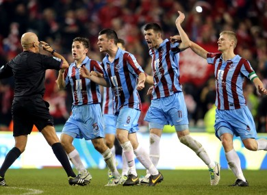 Drogheda protest to referee Paul Tuite after North's goal.