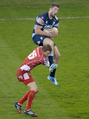 Williams failed to get into the air to compete with Cuthbert.