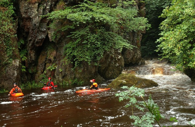 p42 Canoeists on River Dargle