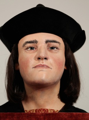 A model of the former monarch's face.