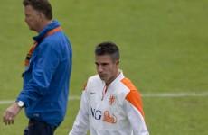 Van Gaal hints that Van Persie will be his Man Utd skipper