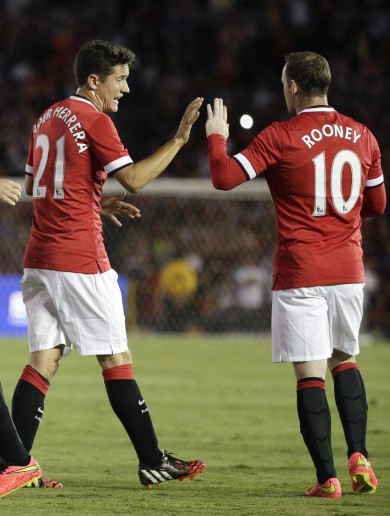 United make winning start under Van Gaal against Robbie Keane's Galaxy