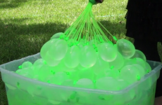 Genius dad invents way to fill up and tie 100 water balloons per minute