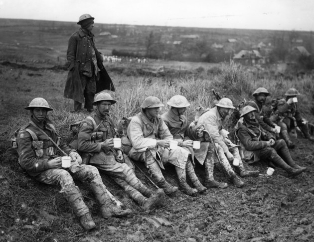 War - First World War - Troops in the Trenches - France