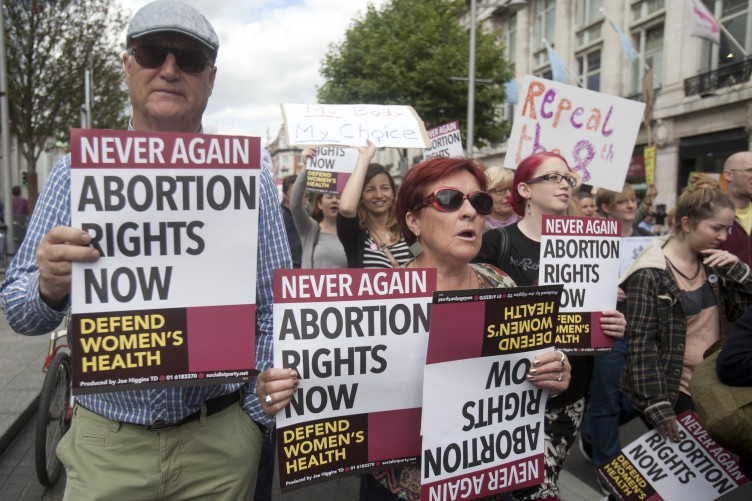 pro life abortion debate essay Abortion abortion is a topic that has, for ages, remained at the center of controversy the pro-choice and pro-life debate has raged on for decades and possibly, centuries.