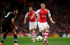 Arsene Wenger defends Mesut Ozil (again) as criticism mounts