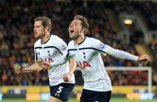 Last-gasp Eriksen strike sees Spurs past 10-man Hull
