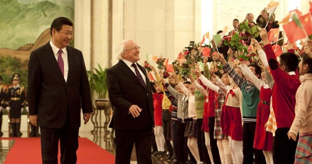 A group of Chinese school children were very happy to see the President