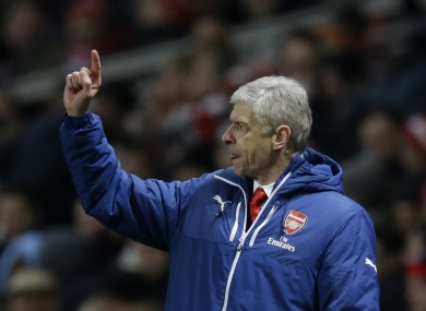 Arsene Wenger has defended Manchester United's tactics against West Ham.