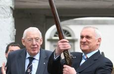Gun Ian Paisley lent to Bertie Ahern is going under the hammer