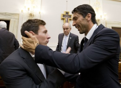 Messi and Buffon meet in the Vatican.