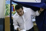 'No' predicted as voting closes in Greek referendum