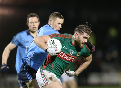 Aidan O'Shea on the attack for Mayo in tonight's game against Dublin.