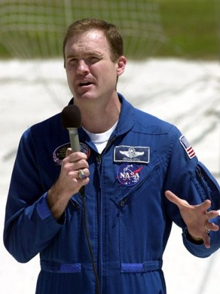 James Halsell Jr pictured in 2000 whilst preparing for an Atlantis mission.
