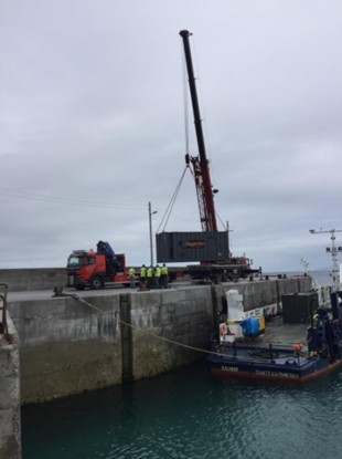 The generator arriving in Ros a Mhíl .