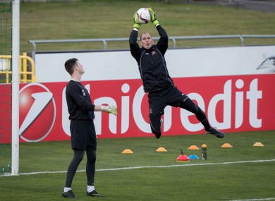 Gary Rogers takes a high ball in Dundalk training yesterday.