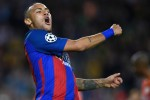 Neymar signs new Barcelona contract with eye-watering release clause
