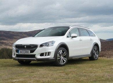 Review: Peugeot\'s 508 RXH has style, spec and space for six-footers ...