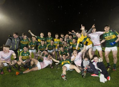 Kerry players celebrate their victory in Páirc Uí Rinn.