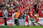 Brilliant Arsenal edge out Chelsea in exhilarating FA Cup final