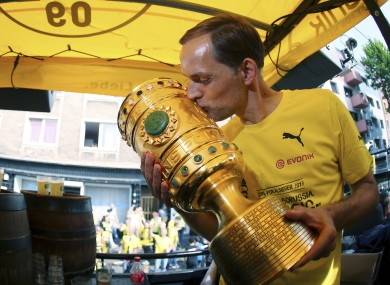 Thomas Tuchel kisses the German Cup on Saturday.