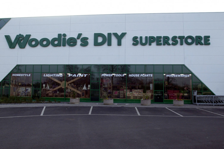 Diy store woodies has to fork out 15000 to a worker sacked over a diy store woodies has to fork out 15000 to a worker sacked over a missing 50 note solutioingenieria Choice Image