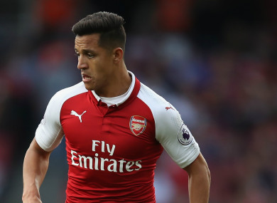 Alexis Sanchez has been linked with a move to Man United.