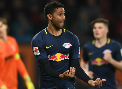 Marvin Compper celebrates a goal for RB Leipzig