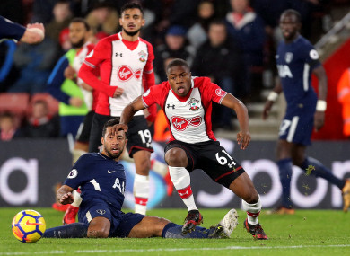 Southampton's Michael Obafemi (right) and Tottenham Hotspur's Mousa Dembele.