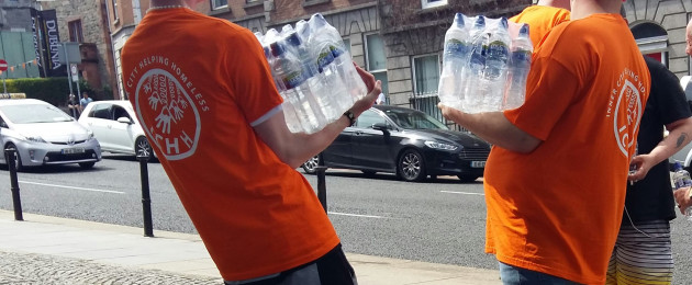 Volunteers provide water to homeless in Dublin