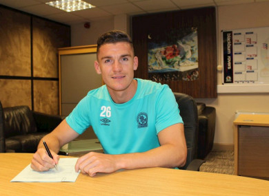 Lenihan signing his new contract.