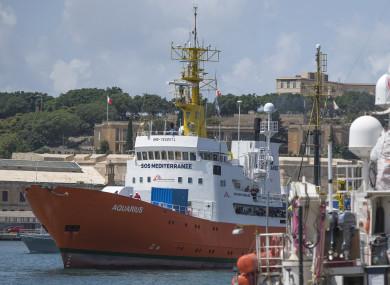 The Aquarius rescue ship enters the harbor of Senglea, Malta (File photo)