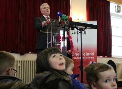 Bad day for Eamon Gilmore, who's even losing the interest of those who can't vote...