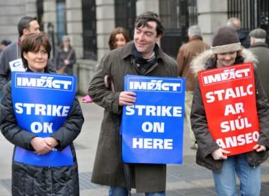 File photo of IMPACT public service strikes in 2009
