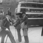 Senator David Lubbock Robinson rushing into Dublin Castle before the Hyde inauguration.