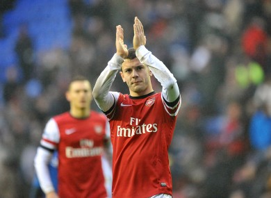 Wilshere believes Walcott can fulfil his ambitions at Arsenal.