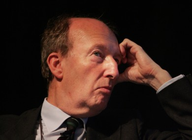 Shane Ross has tabled a motion demanding that the Irish government not make the next repayment on the Anglo Irish Bank promissory notes.