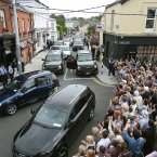 Crowds outside Finnegans Pub, Dalkey as Bono and his wife Ali had lunch with US First Lady Michelle Obama and her two daughters. (Image: Julien Behal/PA Wire)
